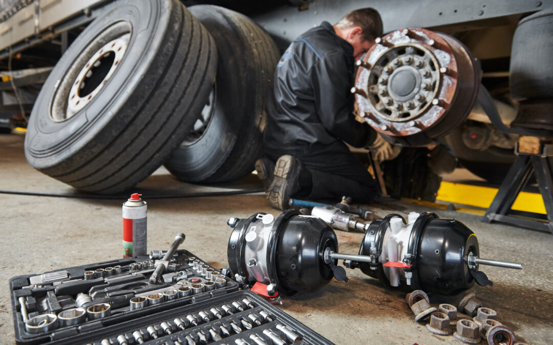 Fleet Maintenance In-House vs. Outsourcing